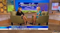 Katie Couric---legs--03.04.2012--abc-GMA--USA