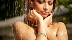 http://thumbnails70.imagebam.com/19126/3c51d4191256111.jpg